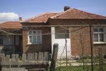 1о этажный дом в С. ОРИЗАРЕ (Болгария) за 23000 евро