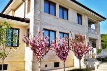 3х этажный дом в Кошарице (Болгария) за 660000 евро
