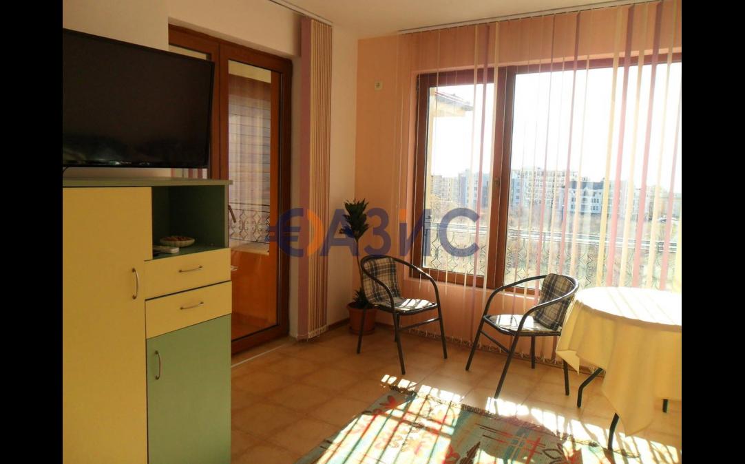 Многокомнатные апартаменты в Святом Власе (Болгария) за 75000 евро