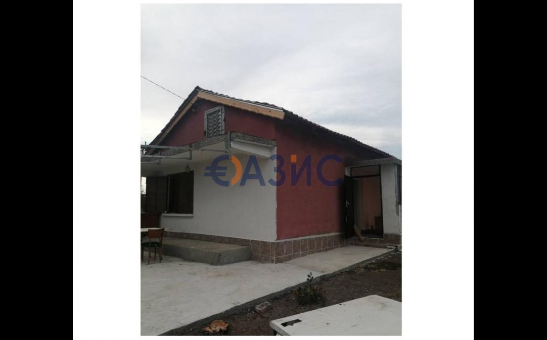 2-етажна къща в Карнобат (България) за 25000 евро
