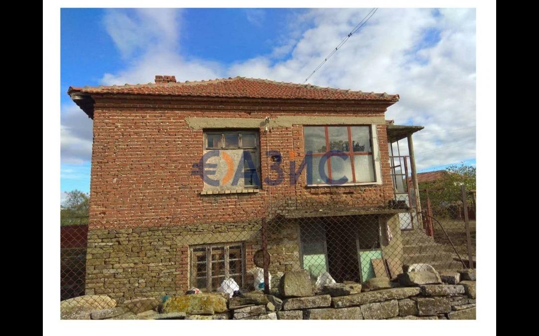 2-етажна къща в С. ОГНЕН (България) за 9000 евро