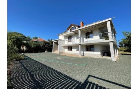 2х этажный дом в С. НЕВЕСТИНО (Болгария) за 89900 евро