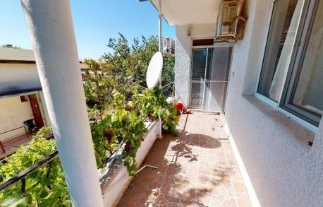 2х этажный дом в С. РАВНЕЦ (Болгария) за 50000 евро