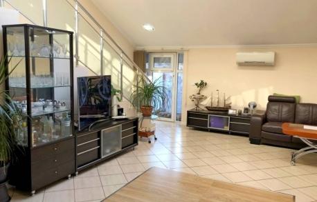 3х этажный дом в Тынково (Болгария) за 108900 евро