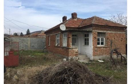 1о этажный дом в ГР. КАБЛЕШКОВО (Болгария) за 33650 евро