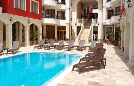 3х комнатные апартаменты в Несебре (Болгария) за 89000 евро