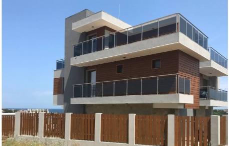 Многокомнатные апартаменты в Созополе (Болгария) за 298000 евро
