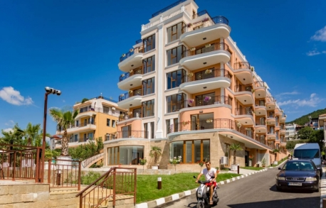 3х комнатные апартаменты в Святом Власе (Болгария) за 107520 евро