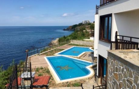 3х этажный дом в Созополе (Болгария) за 355000 евро