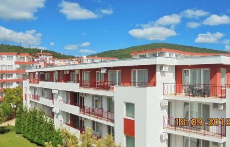 3-стайни апртаменти в Елените (България) за 49900 евро