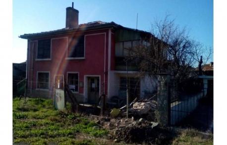 2х этажный дом в ГР. ЦАРЕВО (Болгария) за 68900 евро