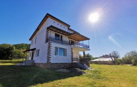 2х этажный дом в Горице (Болгария) за 109000 евро