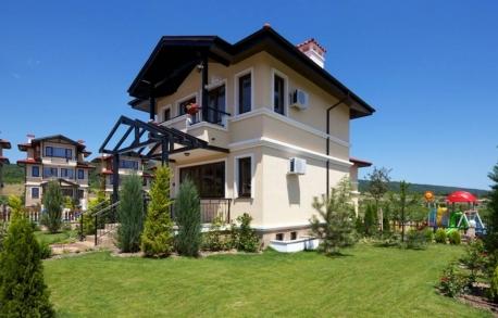 2х этажный дом в Кошарице (Болгария) за 101686 евро