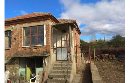 2х этажный дом в С. ОГНЕН (Болгария) за 9000 евро