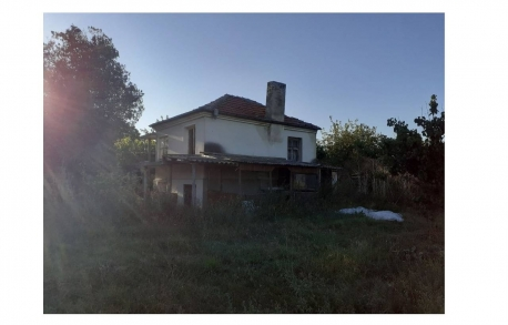1о этажный дом в С. ОРИЗАРЕ (Болгария) за 24800 евро
