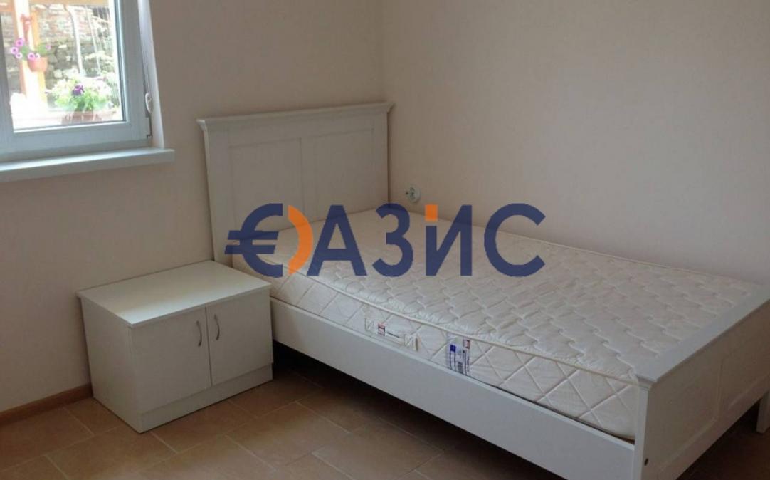 1о этажный дом в Подвисе (Болгария) за 54800 евро