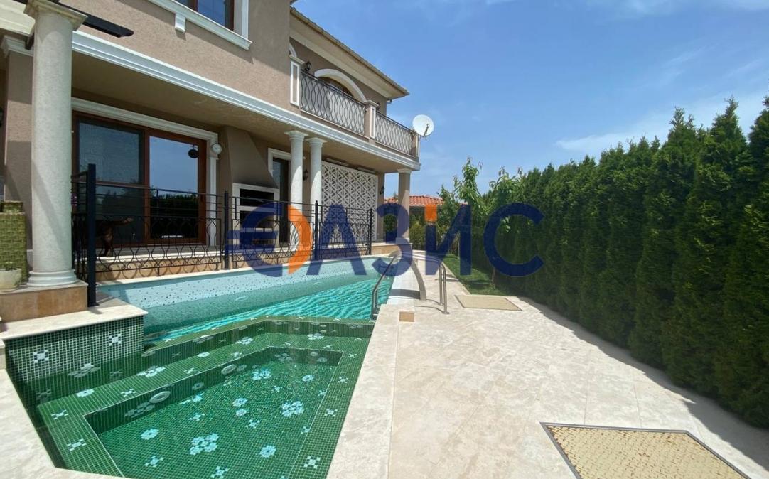 3х этажный дом в Сарафово (Болгария) за 450000 евро
