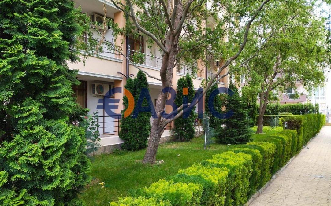 3х комнатные апартаменты в Св. св. Константин и Елена (Болгария) за 200000 евро