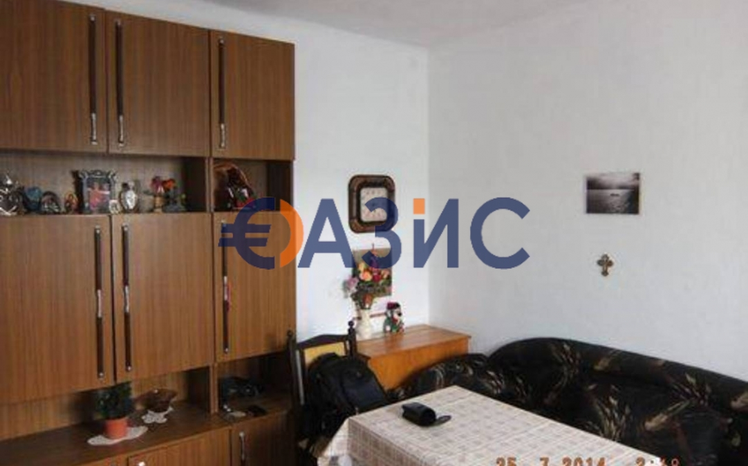 1о этажный дом в С. ДЮЛИНО (Болгария) за 17000 евро