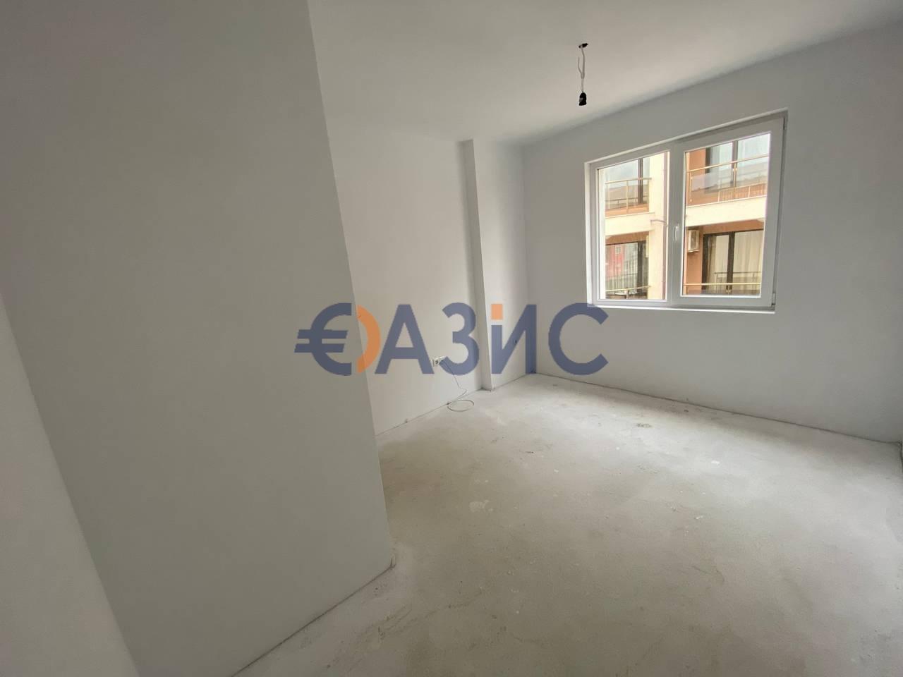Трехкомнатный апартамент с водяным отоплением пола, Несебр, Болгария, 9